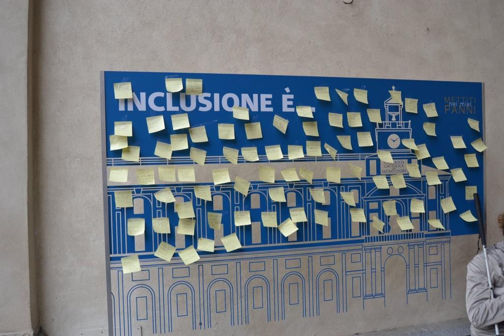 Post-it con definizione inclusione