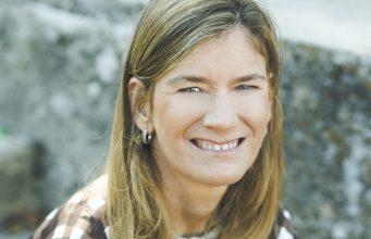 Zoe Rondini scrittrice con disabilità. Primo piano volto